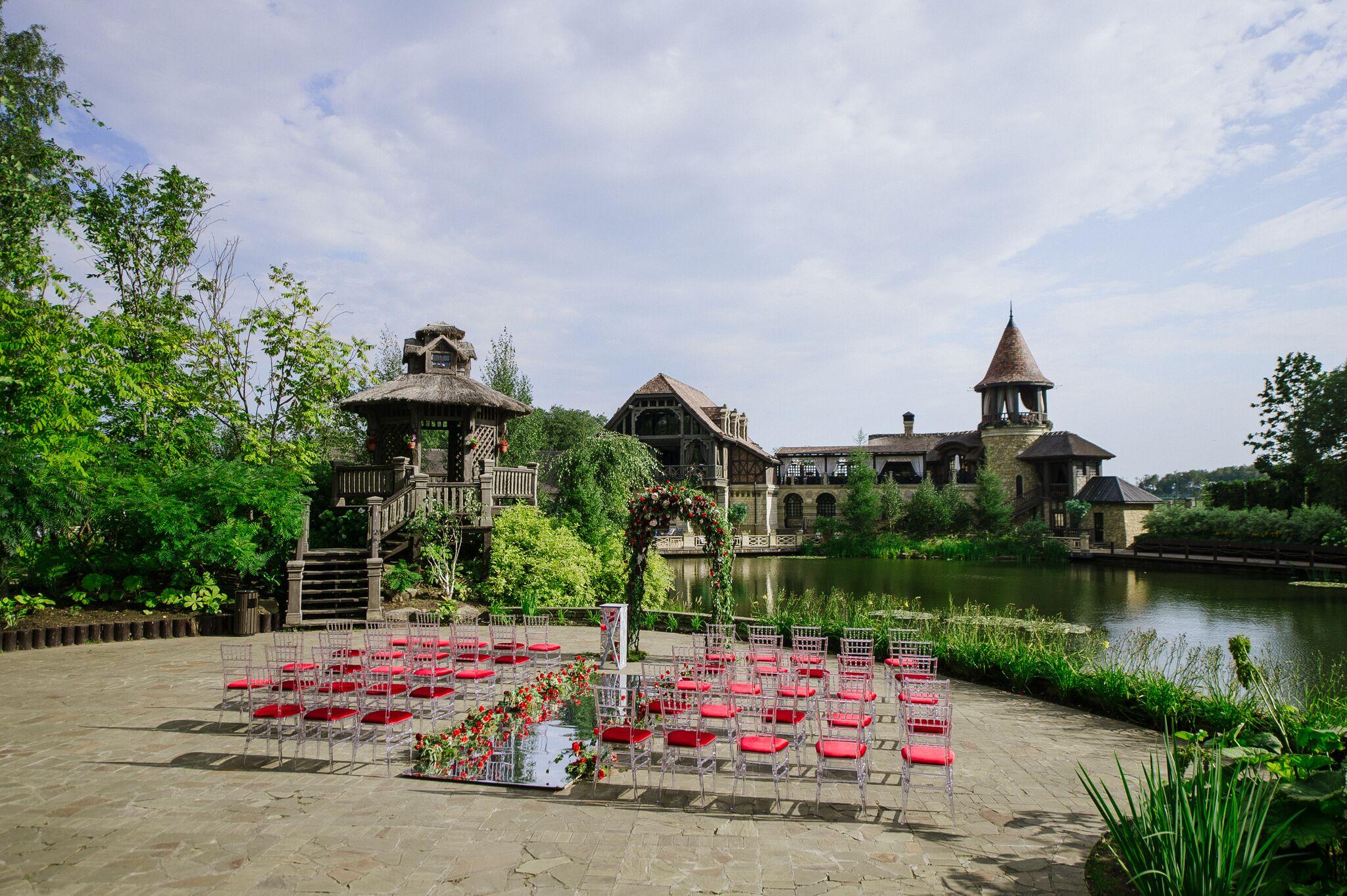 свадьба в ресторане Жан Реми в коттеджном поселке Трувиль