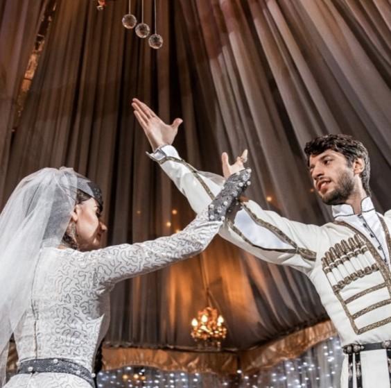 Грузинские танцы на свадьбах